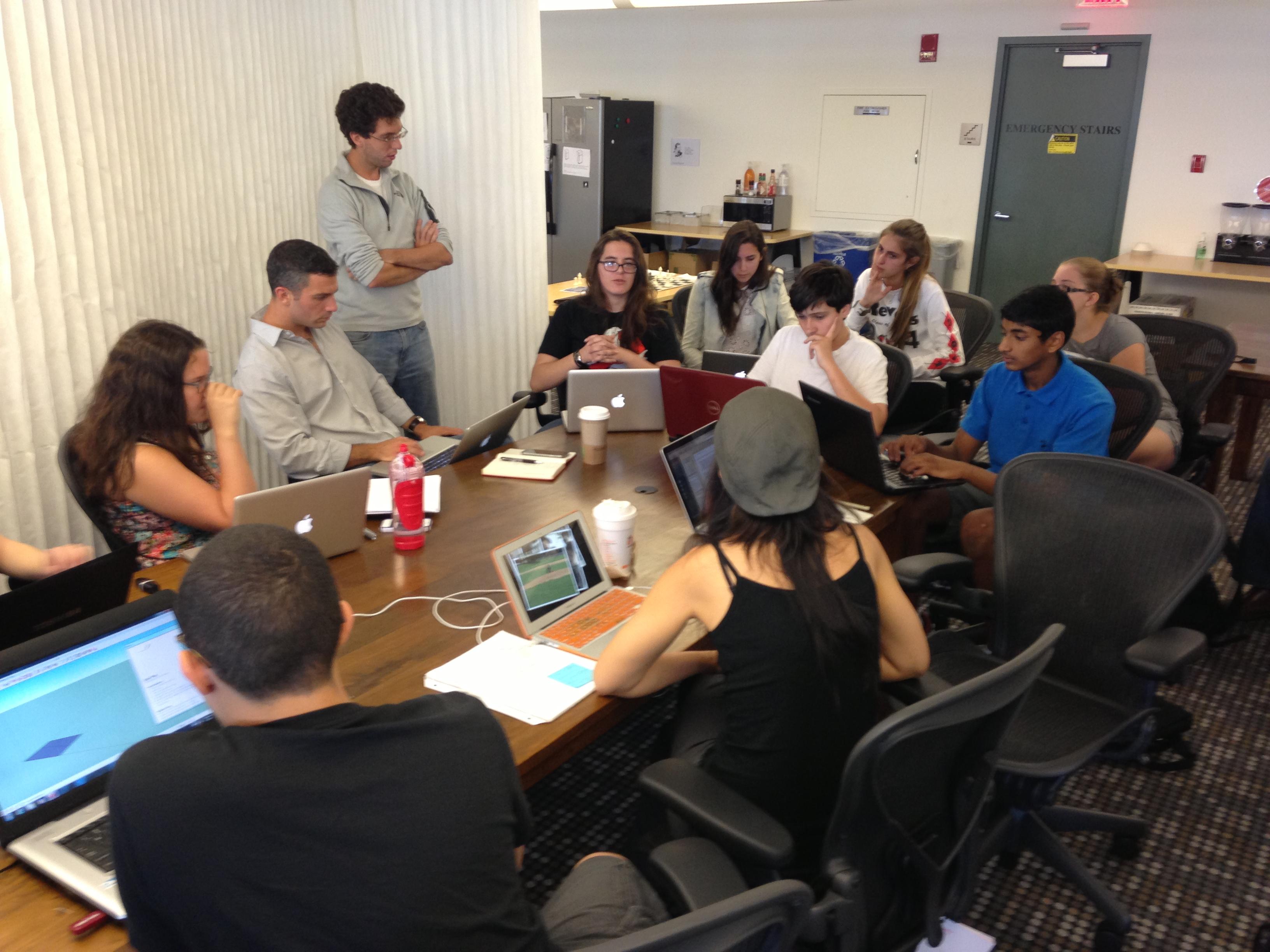 summer-skunkworks-group-mentor-peer_0
